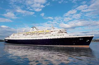 Cruiseschip Astoria