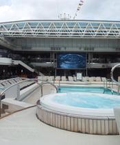 MS Koningsdam buitenzwembad